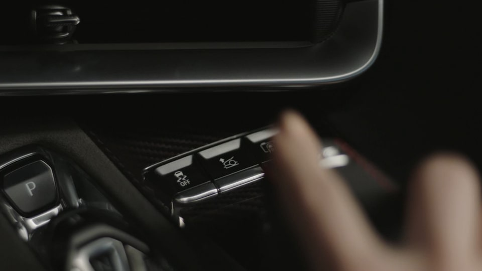 2020 Chevrolet Corvette Mid-Engine Sports Car Interior Technology video